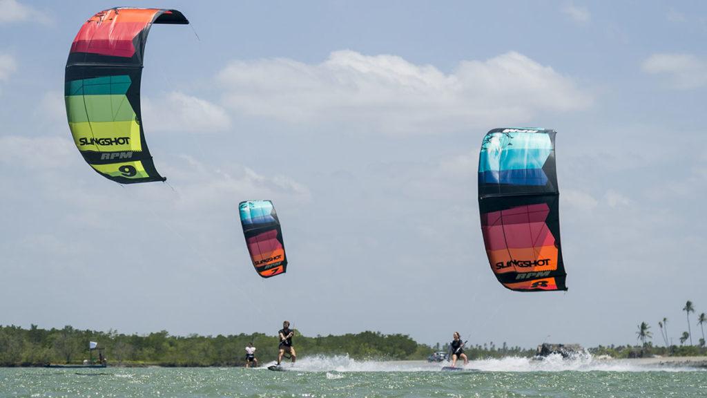 Slingshot kitesurf, wakeboard et Foil